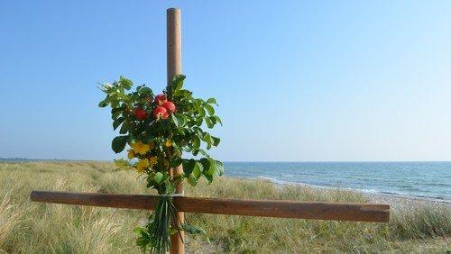 Strandgudstjeneste søndag d. 22. august 2021 kl. 10.30 på Ølsemagle Revle. Klik her for at læse mere.