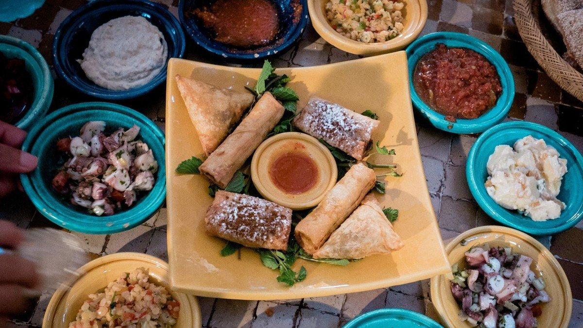 Internationales Dinner in der Flüchtlingskirche