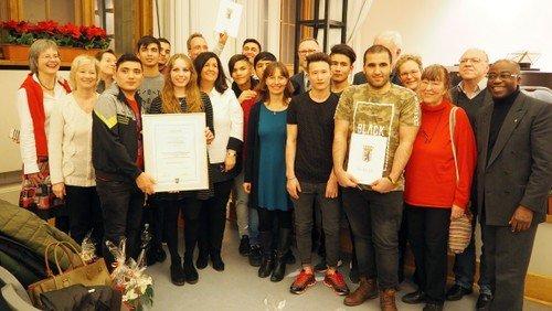Ökumenisches Flüchtlingsprojekt gewinnt Integrationspreis des Bezirks