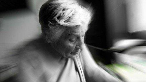 Menschen mit Demenz achtsam begleiten: Geistliches Zentrum startet Fortbildungsmodule