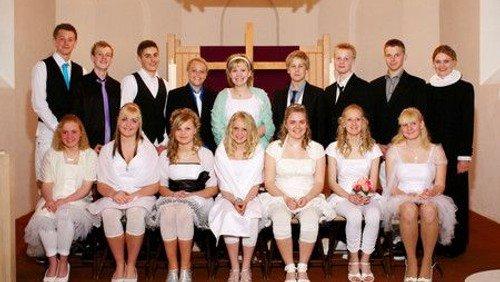 Konfirmander i Øster Hurup kirke 2010