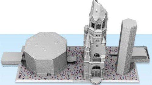Podiumsanierung endlich geschafft – Sanierung der blauen Gläser des Glockenturms vor dem Start