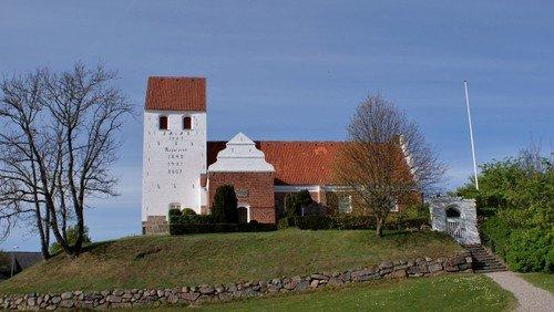 Aktuelt Kirkegårdsliv i Visborg