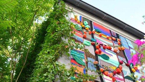 Yarn bombing auf dem Pfingstfest der Kirchen