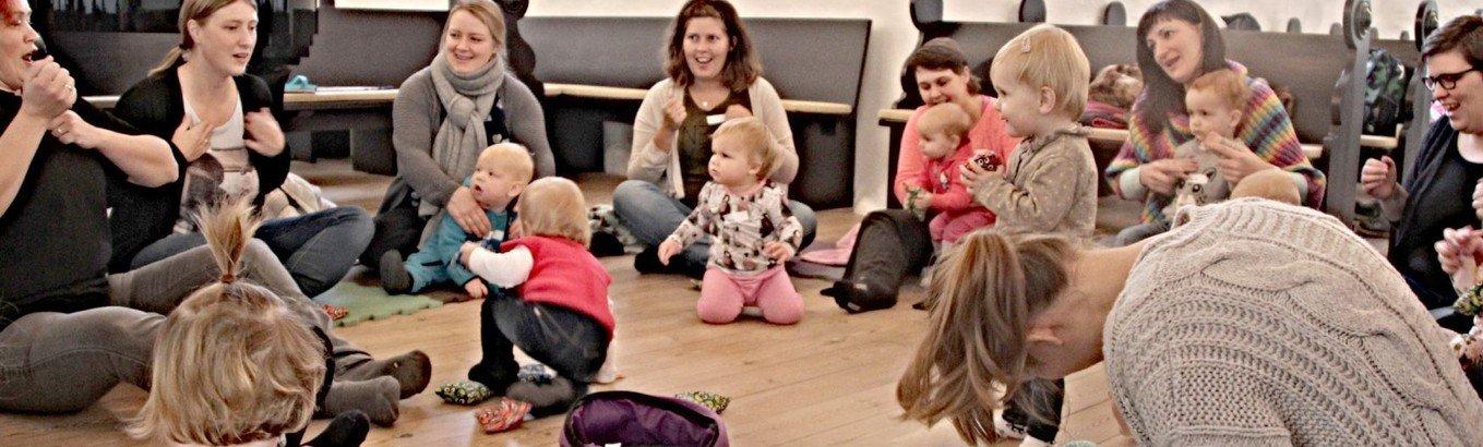 Kirke for de allermindste: Ny sæson med Babysalmesang og Børnebongo