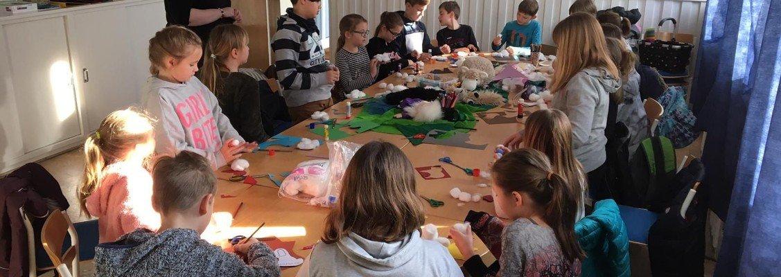 Schafe vertrauen - KinderKirche zum Kirchentagssonntag