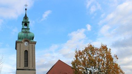 Urlaubskirchen in der Genezarethkirche Erkner