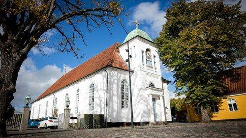 Ønsker du at løse sognebånd til Sct. Michaelis Kirke?