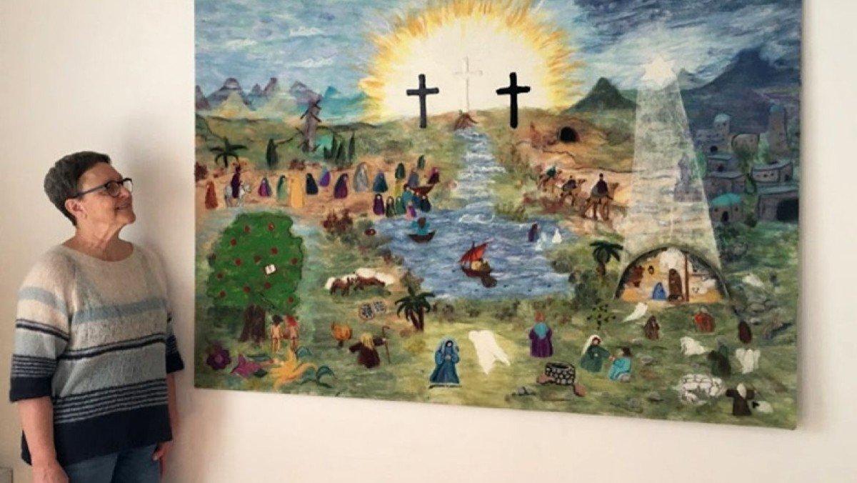 Festlig fernisering på ny vægudsmykning