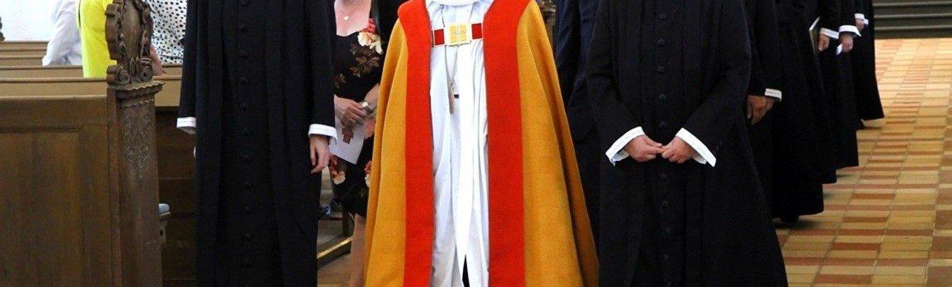 Kirkesanger blev præst