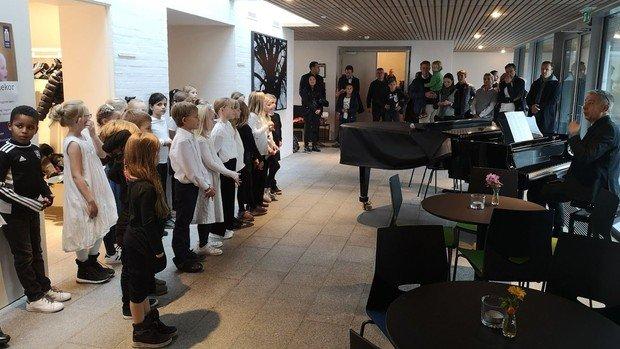 Invitation til korsang i Holte Kirke