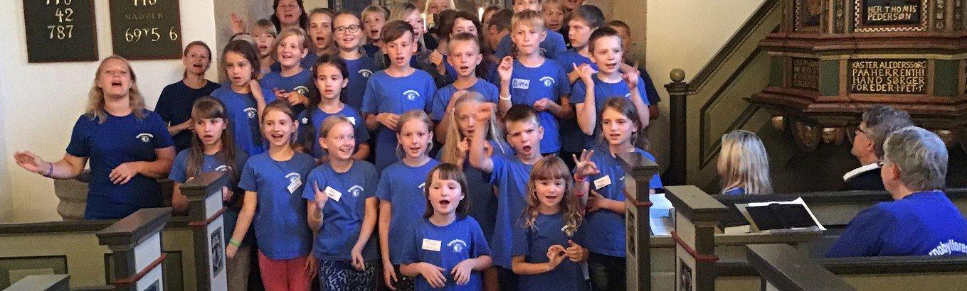 Hviderussiske feriebørn sang sig ind i hjerterne