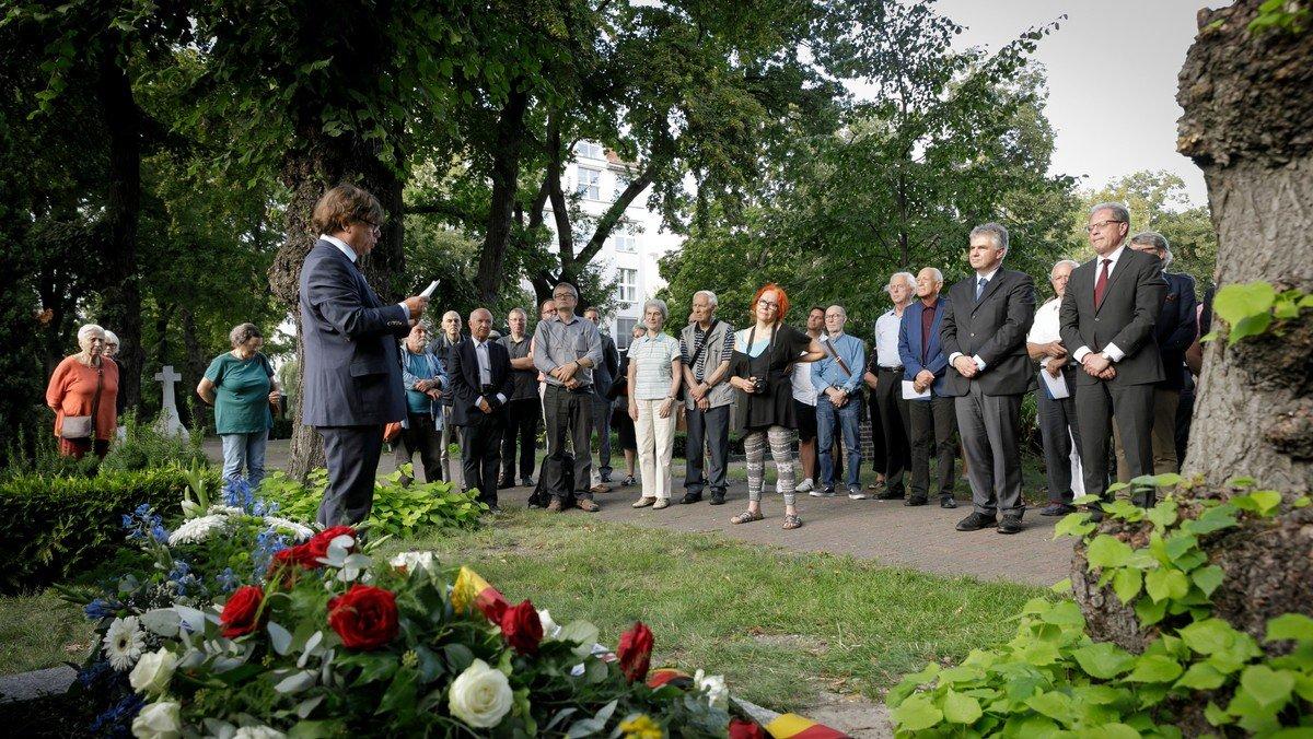 Gedenkveranstaltung zum 100. Todestag von Friedrich Naumann