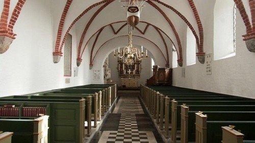Ændringer i Kirkerummet - Astrup og Rostrup Kirker