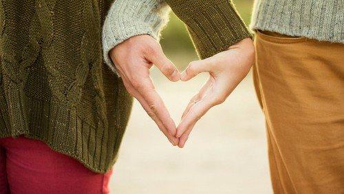 Få hjælp til kommunikationen i parforholdet