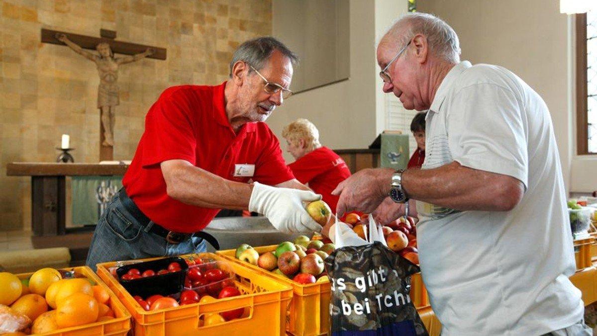 THW, Feuerwehr und Rotes Kreuz retten 85 Tonnen Lebensmittel
