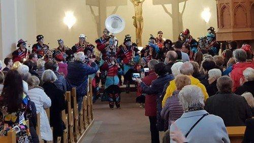 2. Neereder Fastnachtsgottesdienst sorgt für volle Kirche