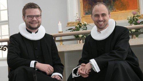Video-hilsen fra begge præster