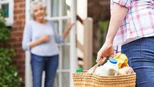 Nachbarschaftshilfe kann Einkaufshilfen vermitteln und freut sich über weitere Helfer! Spendenaufruf