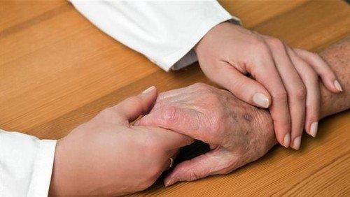 Læs om de varme hænder - i besøgets tjeneste