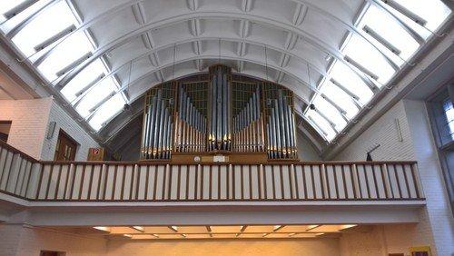 Ein Blick in die Auferstehungskirche