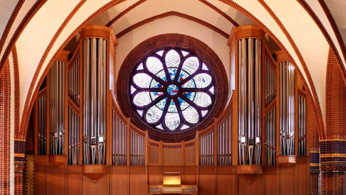 Zwei Orgeln für die Pauluskirche