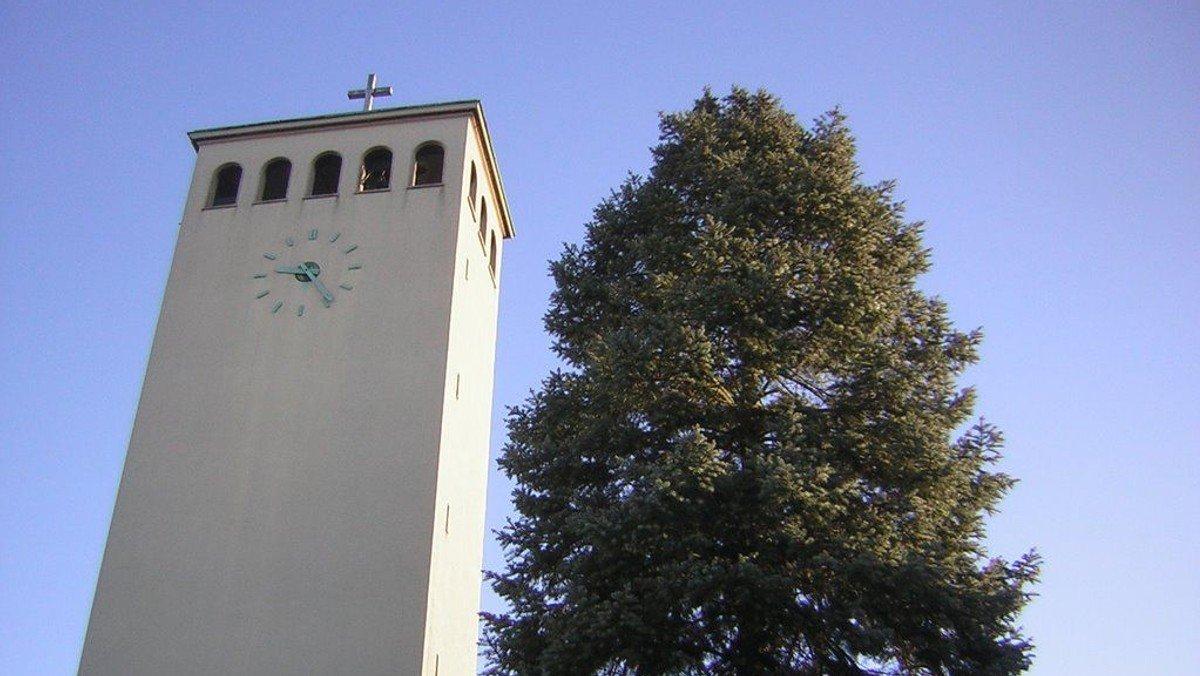 Ein Rundgang durch die Kirche - der Saal