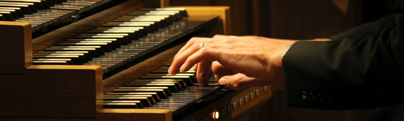 Kirchenmusiker*innen in Reinickendorf spielen für Sie: Hören Sie hier rein!
