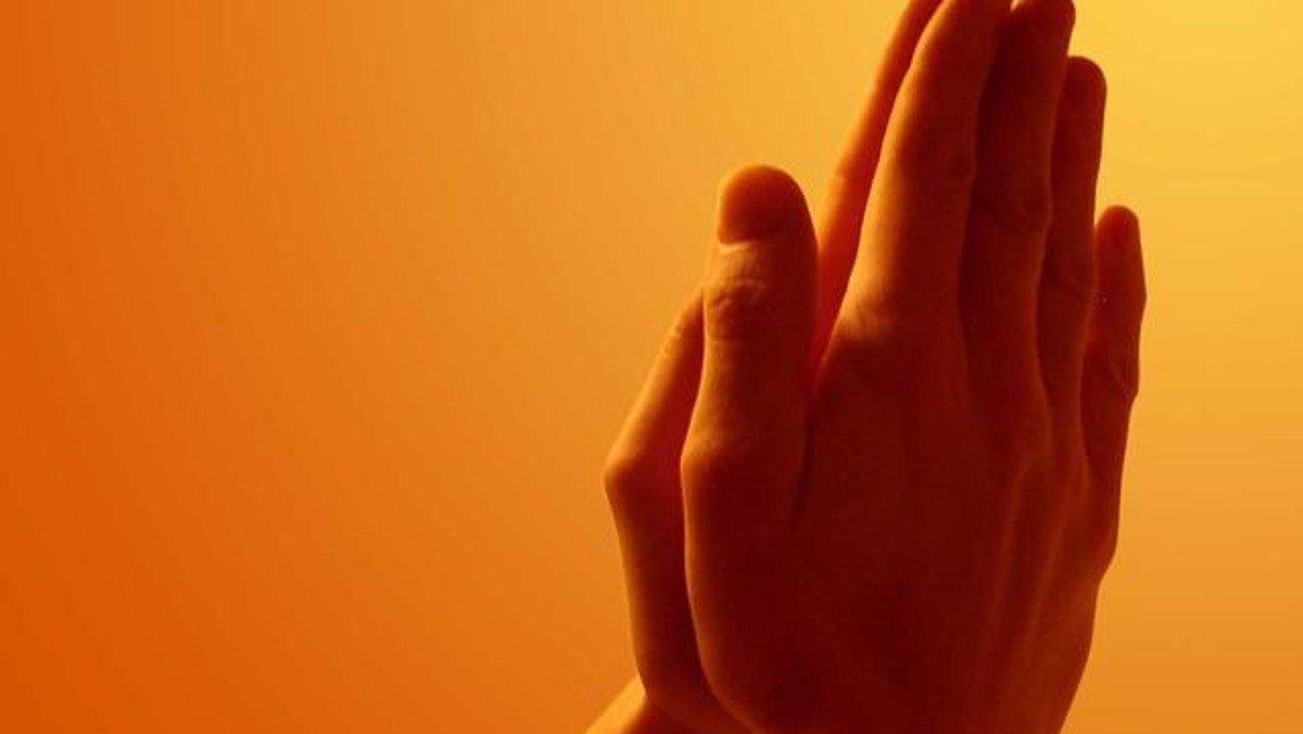 Ich bete für Sie.