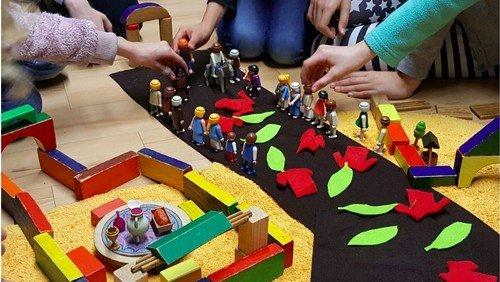 Die Ostergeschichte mit Playmobil erzählt