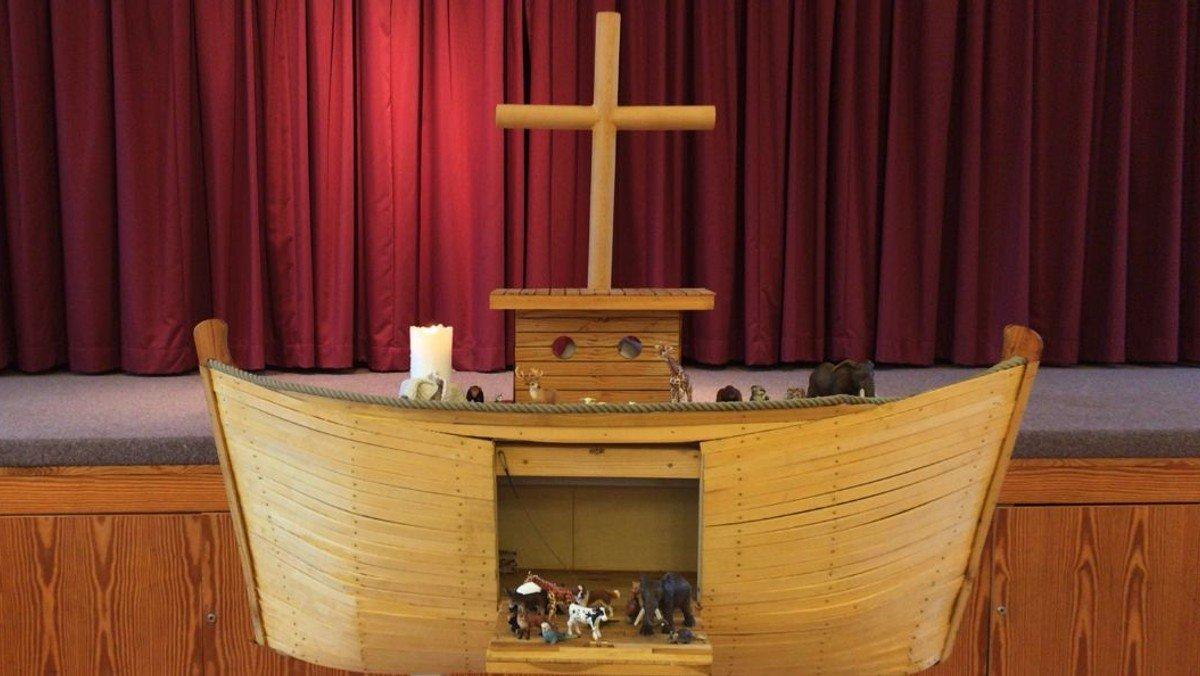 """Wir feiern Kindergottesdienst!  """"Jesus ist auferstanden"""""""