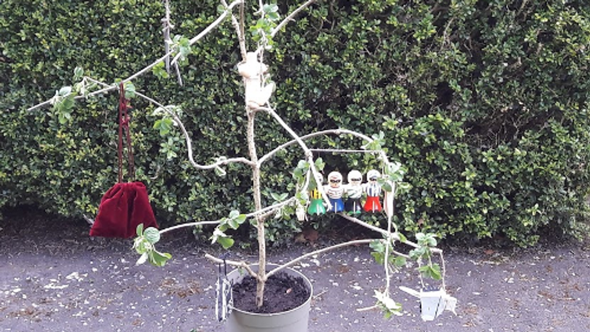 Holy Week and Easter - An Easter Tree