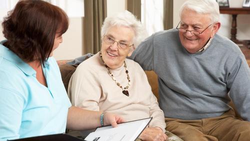 Hamburg hilft Senioren