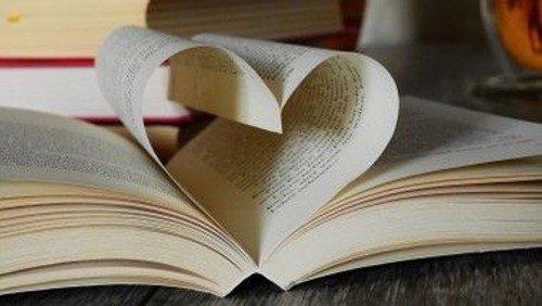 Buchcafé Blattgold: Bücher, Seelsorge und mehr