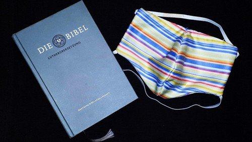 Die Maske und die Bibel - ein Kommentar zu einer Karikatur von Robert Gernhardt. Von Propst i.R. Dr. Karl-Heinrich Lütcke