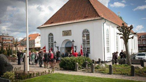 Kirken åbner igen med to gudstjenester hver søndag