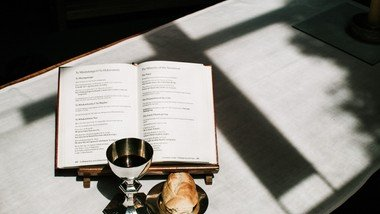 Holy Communion service using the Book of Common Prayer