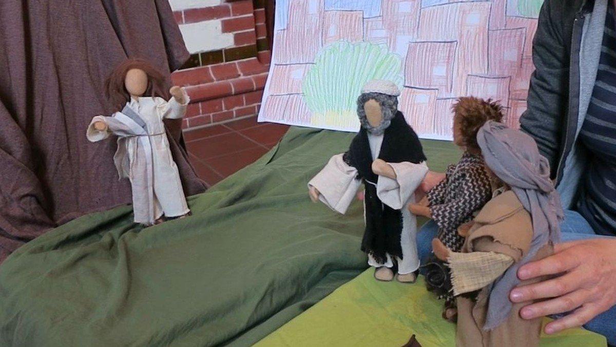 Juhu, schau zu - und drin bist Du! Unser fünfter Kindergottesdienst im Video mit Gebärden.