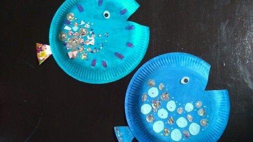 Fische aus Papptellern
