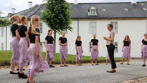 Ungdomskoret sang for Else-Marie