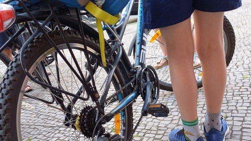 Sommerferienprogramm 2020- oder Kunstaktion auf der Langenscheidtbrücke für ein fahrradfreundliches und kindergerechtes Berlin!!!!