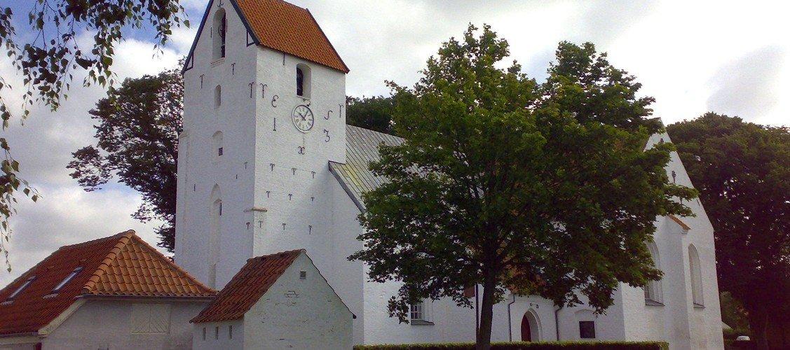 Nibe Kirke åbner igen for besøgende turister