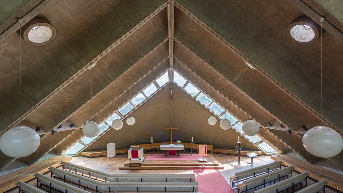 Die Albert-Schweitzer-Kirche