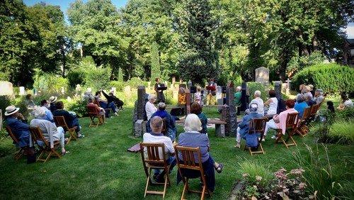 Gartenlieder - Garten Gedichte im Garten der Kleinen Ewigkeit