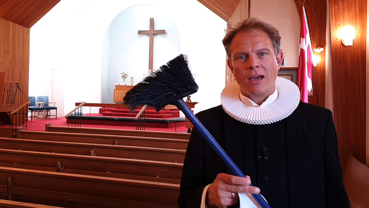 Video worship about power, influence and a broom