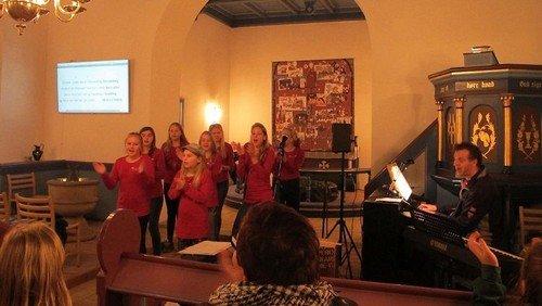 AFLYST - Mini-koncert med kirkekoret i Ejstrup kirke søndag d. 21. juni 2020 kl. 19.30