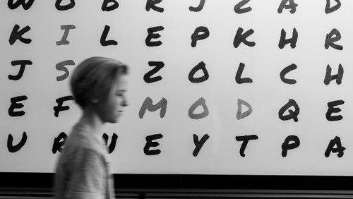 Wenn Wörter keinen Sinn ergeben: Neues Lerncafé am Campus Daniel unterstützt Menschen mit Analphabetismus