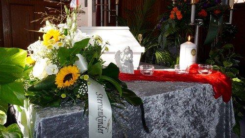 Beerdigung für Sternenkinder