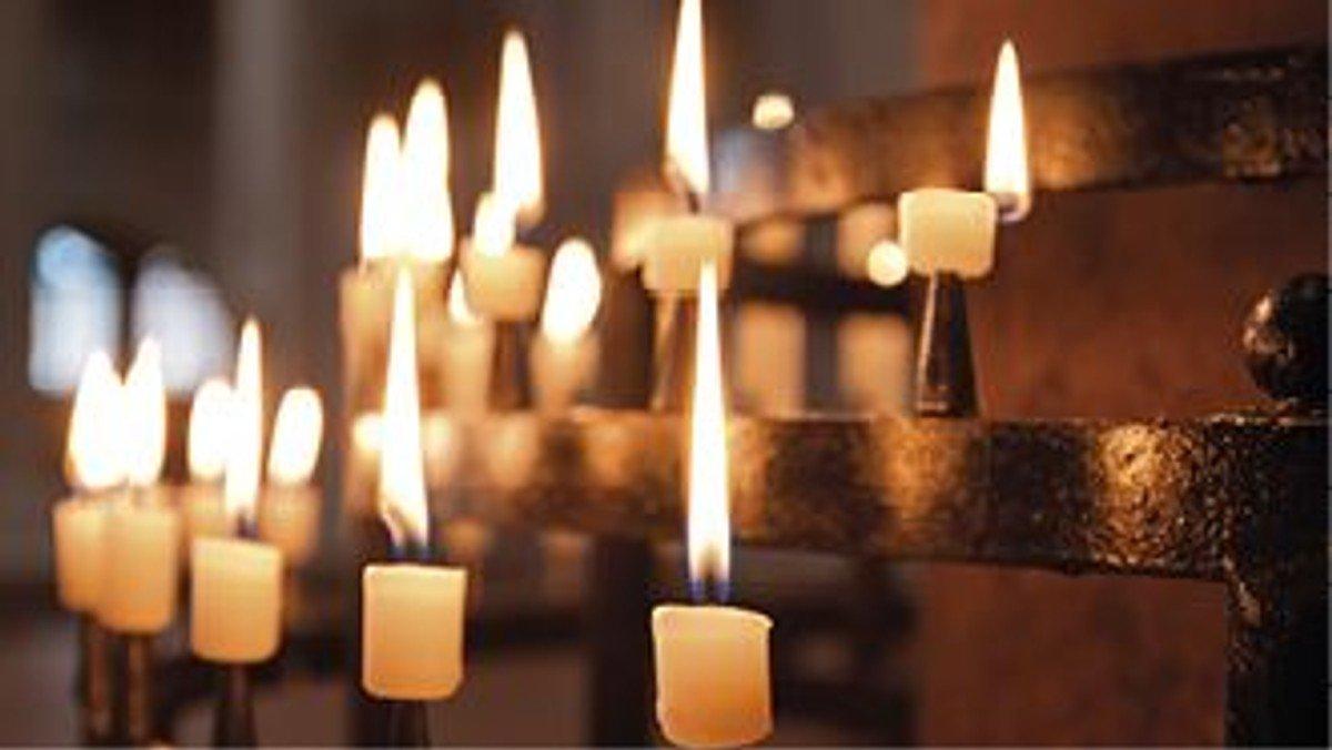 Ein Licht der Erinnerung - eine Kerze zum Gedenken