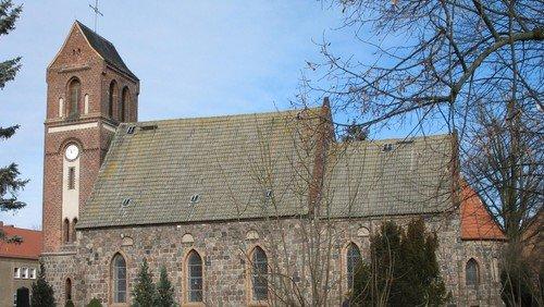 Kirchengemeinde empört über Vereinnahmung  der Schwanebecker Kirche durch die AfD